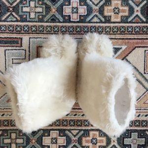 Toddler fur boots
